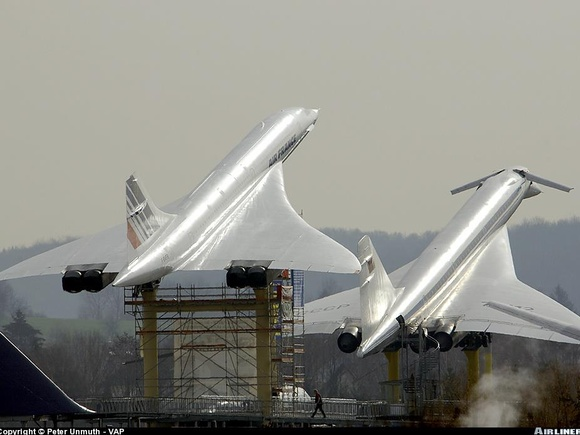 Concorde and  TU-144 together...