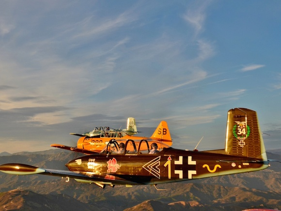 Formation flight honors veterans