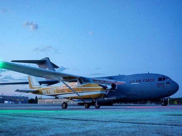 C-17 vs. C172