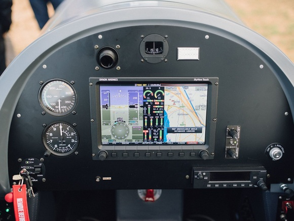 Cockpit of the Blackshape - Pure, complete and elegant...