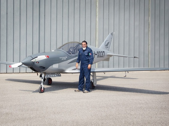 Blackshape with pilot Elio Rullo