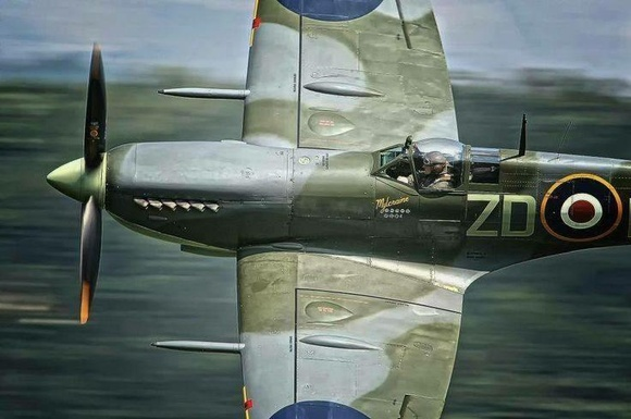 Spitfire MkV in full action