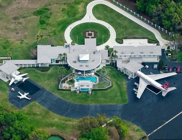 John Travolta's House Is an Airport!