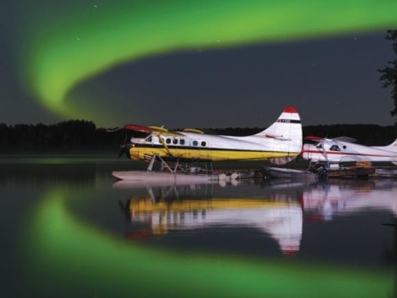 Pickle Lake Aurora, by Andras Mihalik