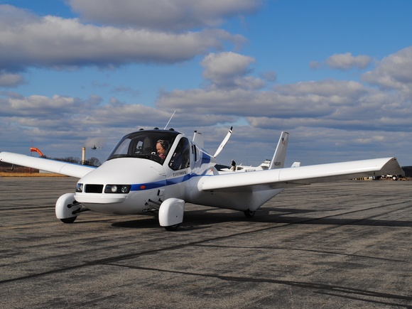 Flying car company lands at KASH