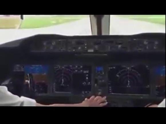 Take-off: Boeing 787-9 Dreamliner