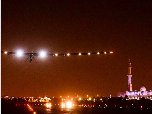 Solar Impulse Night Training