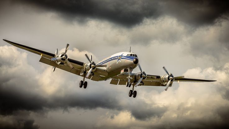 Photo : Beautiful 'Connie' on approach
