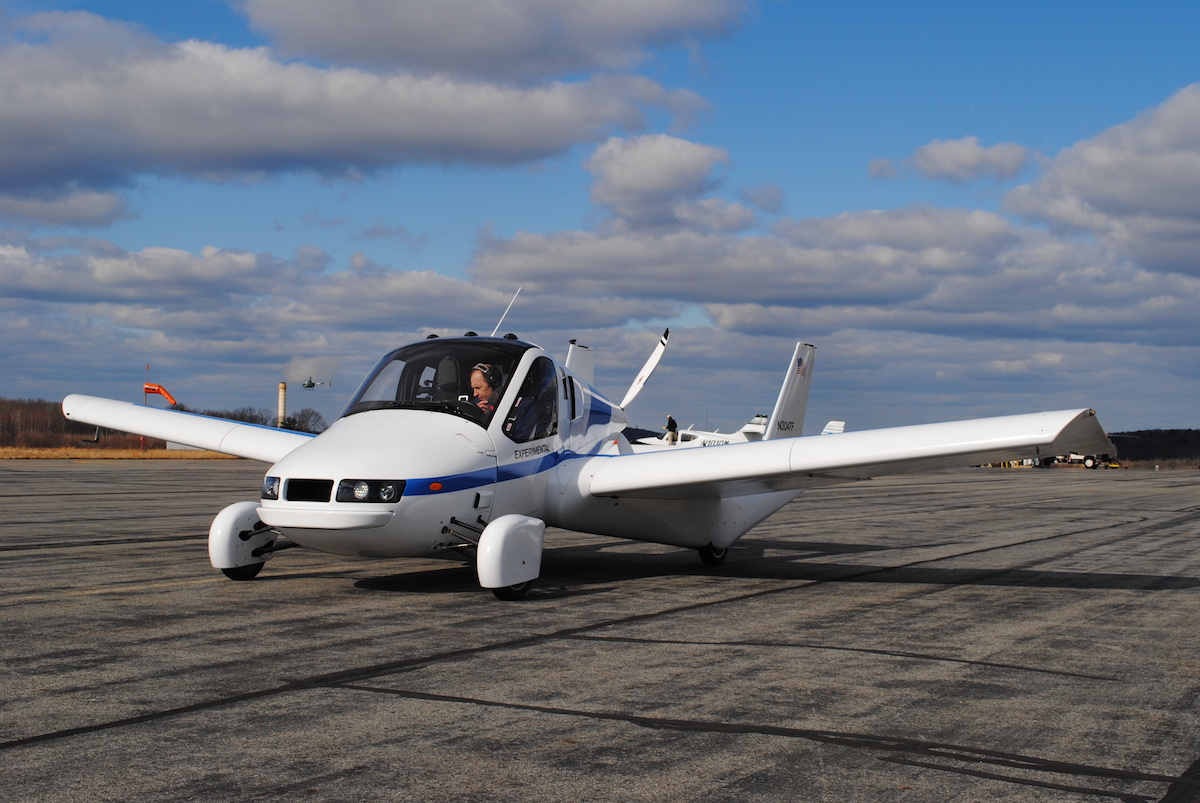 Photo : Flying car company lands at KASH